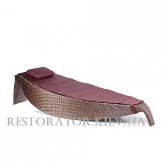 Шезлонг плетеный из полиротанга Каноэ плетение паркет - Restor®